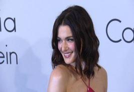 Sienna, Rachel e Emily: le più eleganti a Cannes (VIDEO)