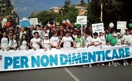 Capaci, 23 anni fa la strage: a Palermo 40mila studenti