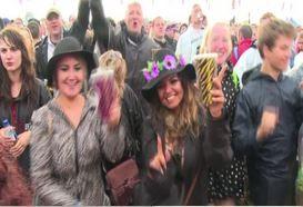 Musica cool, stravaganze e Pussy Riot al Glastonbury Festival