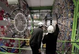 Collisioni record di protoni al Cern di Ginevra