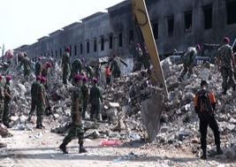 Indonesia, 142 morti in incidente aereo: si cerca fra le macerie