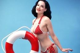 Festa per il bikini, 69 anni fa la rivoluzione dell'ombelico