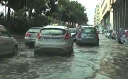 Dopo l'afa arrivano i nubifragi, a Palermo strade diventano fiumi