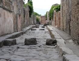 Una necropoli svela la vita a Pompei prima dell'eruzione