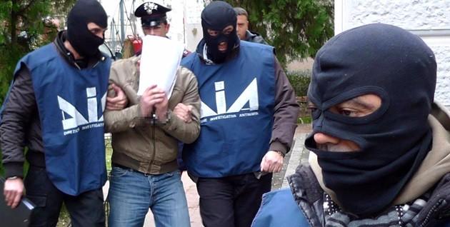 """Colpo ai fiancheggiatori di Matteo Messina Denaro, 11 arresti. Lo Voi: non c'è """"camorrizzazione"""" di Cosa Nostra"""