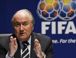 Fifa, conti in rosso nel 2015. Rivelato stipendio Blatter