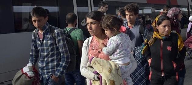Svezia e Danimarca rimettono i controlli alle frontiere. Altro pezzo di Schengen va in frantumi