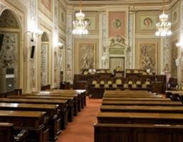 Sicilia, approdano in parlamento bilancio e finanziaria. Il 29 in Aula
