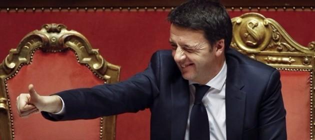 Referendum, tanto rumore per un flop. Renzi: insieme fino 2018