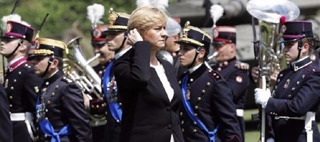 "Pinotti non ha dubbi: ""Impensabile un intervento militare in Libia"""