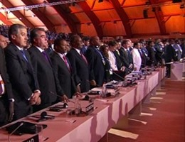 Alla COP21 un minuto di silenzio per le vittime degli attentati