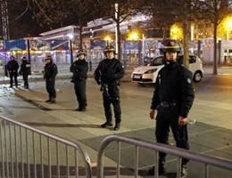 Un terrorista è siriano, un altro sarebbe francese