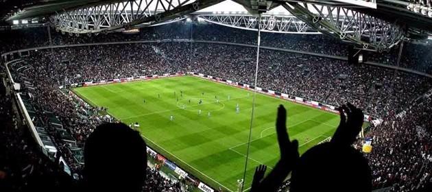 Codice rosso negli stadi, riflettori su Juve-Milan. Fiato sospeso anche a Roma e Firenze