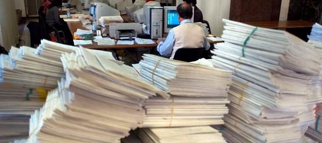 La mala-burocrazia costa oltre 120 miliardi di euro. E zavorra la ripresa