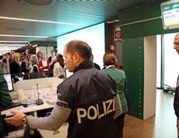 Terrorismo, accordi Ue su Pnr. Dati passeggeri aerei accessibili per 5 anni