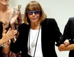 L'addio di Milano a Krizia, commozione ai funerali della stilista (video)