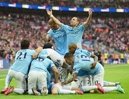 Calcio, investitori cinesi comprano il 13 del Manchester City (video)