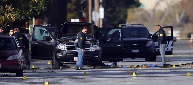 """L'Isis loda i killer di San Bernardino, soldati del califfato. """"Uccisi sulla strada di Allah"""""""