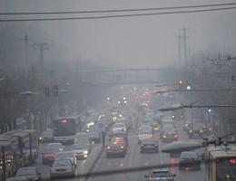 Misure anti-smog: bus gratis, giù di 2 gradi il riscaldamento (video)