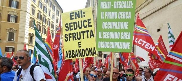 """Eni, nasce a Roma tavolo tecnico. Crocetta: """"Vertice molto teso"""". Prete ai politici: """"Date parte indennità agli operai"""""""