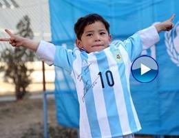 Afghanistan, il piccolo Murtaza ha ricevuto la maglietta di Messi