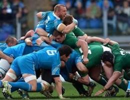 Rugby, Francia batte Italia allo stade De France