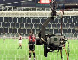 Calcio, passo storico per moviola in campo. Ok Ifab a sperimentare