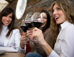 Il vino e gli italiani un amore da 14,3 miliardi di euro