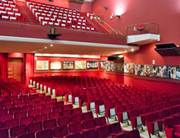 Teatro stabile di catania in scena l 39 ufficiale - Ufficiale giudiziario pignoramento ...