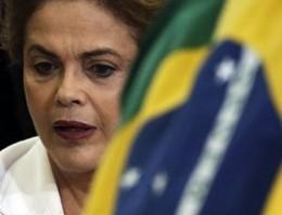 Brasile, maggioranza deputati dice sì a impeachment Rousseff