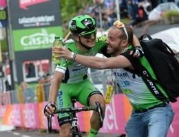 Giro d'Italia, Tappa a Ciccone. Jungels in rosa