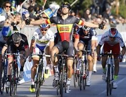 Giro d'Italia, tappa a Roger Kluge. Kruijswijk in rosa