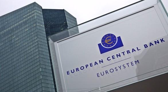 Bce spinge sul credito, Lagarde: non tollereremo frammentazione