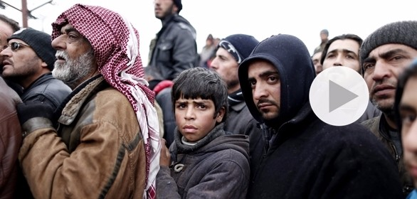 Siria, si fugge dalla Aleppo assediata. La Russia annuncia 4 nuovi corridoi