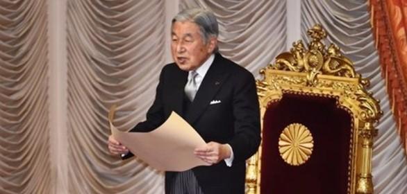L'imperatore del Giappone vorrebbe abdicare ma non è previsto dalla legge. Serve una riforma