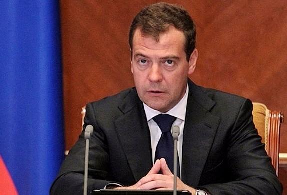 Russia, Medvedev annuncia dimissioni governo dopo discorso Putin