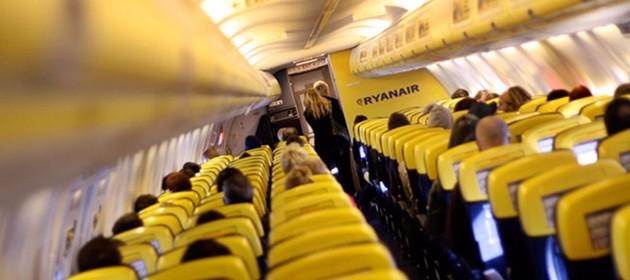 Trasporti, Ryanair dal 1 novembre farà pagare per secondo bagaglio a mano