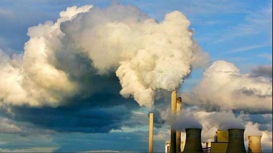 Clima, da oggi entra in vigore l'accordo di Parigi. Climatologi: un bluff, nel 2030 +4 gradi