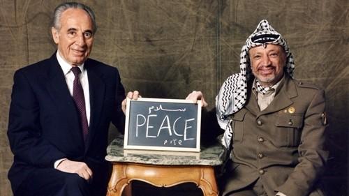 La morte di Peres, mondo arabo tra silenzio governi e ostilità media