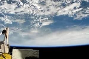 Spettacolari immagini dell'uragano Matthew viste dallo spazio