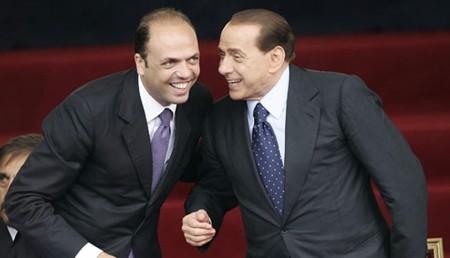 Rinvio referendum: Alfano lancia appello a Berlusconi, risponde Salvini