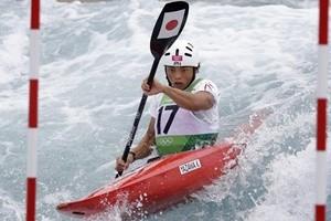 Il monaco buddista che si allena a kayak per i Giochi di Tokyo