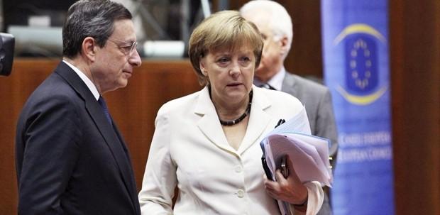 """La Germania attacca la Bce: la sua politica è """"una minaccia alla stabilità finanziaria"""""""