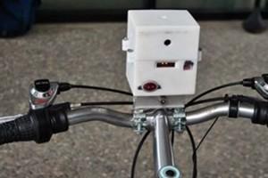 Arriva Ecomondo, il misura-smog portatile per bici o passeggino