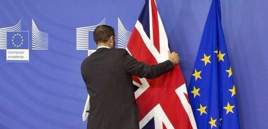 100 cittadini europei in Gb ricevono per errore lettere espulsione