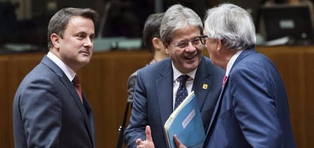 """Consiglio europeo, difficili discussioni su migranti. Gentiloni: """"Ue in fortissimo ritardo"""""""