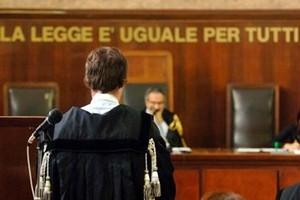 Incompatibilità fra giudici e politica, l'eccezione italiana. Lo scenario in Europa