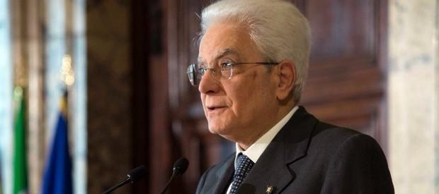 Mattarella: democrazia è solida, ora servono serenità e rispetto. Renzi verso il Quirinale