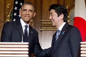 Usa-Giappone: dopo Obama a Hiroshima, Abe è arrivato a Pearl Harbour