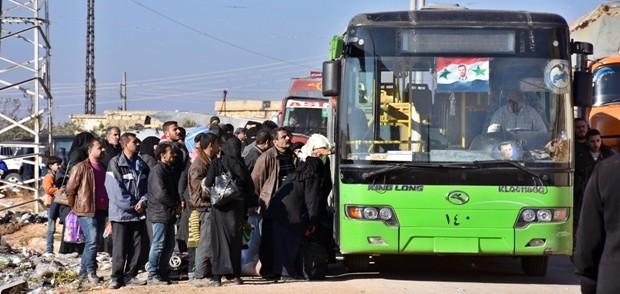 A sopresa 350 persone lasciano Aleppo Est. Si vota risoluzione Onu per invio osservatori